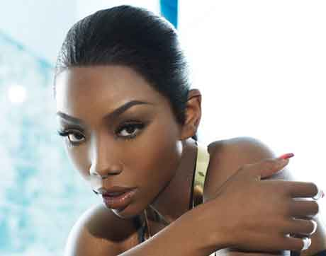 """Brandy: ascolta """"No Such Thing As Too Late"""" nuovo brano"""