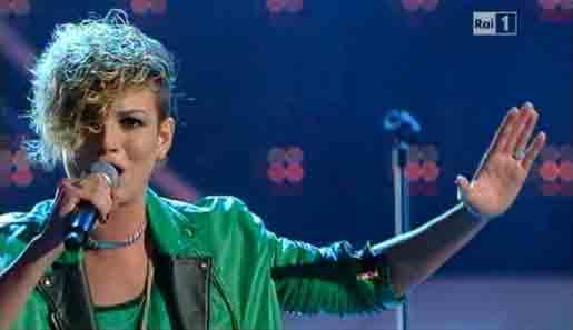 Emma Marrone, Non è l'Inferno: video Sanremo 2012 (prima serata)