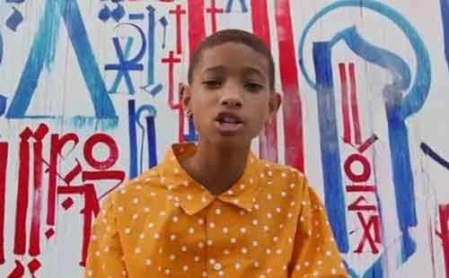 """Willow Smith """"I Am Me"""" video ufficiale"""