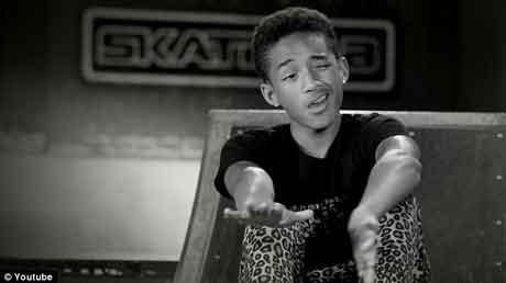 "Jaden Smith ""Pumped Up Kicks (Like Me)"" Video Ufficiale"