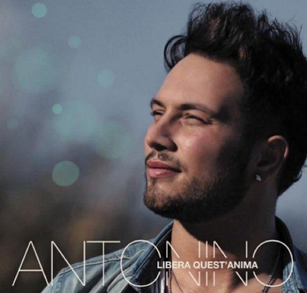 """Antonino """"Resta ancora un pò"""": video ufficiale"""