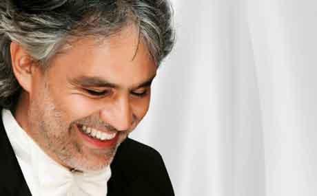 Andrea Bocelli: duetti con Jennifer Lopez e Nelly Furtado nel prossimo album