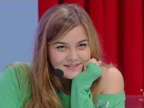 """Valeria Romitelli """"Divino e di viole"""" video ufficiale"""