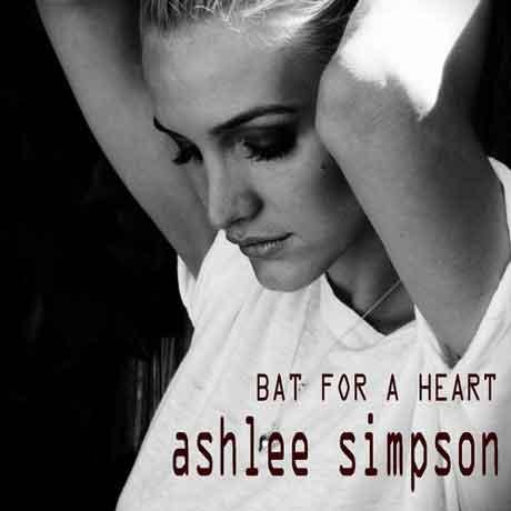 "Ashlee Simpson ""Bat For A Heart"" video ufficiale"