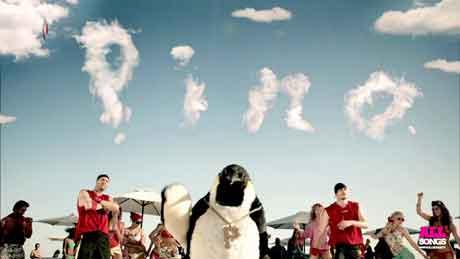 Pinguino-Pino-Vodafone-Summer-Smart