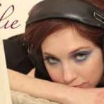 "Nathalie ""L'orizzonte"": testo e audio"