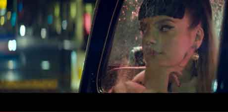 lily-allen-Our-Time-videoclip