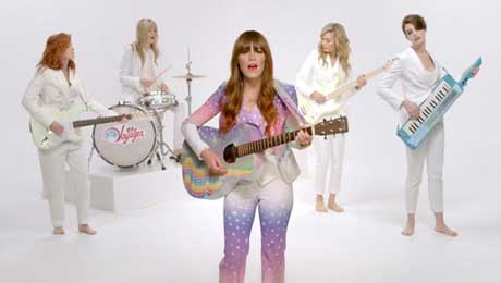 just-one-of-the-guys-videoclip-jenny-lewis
