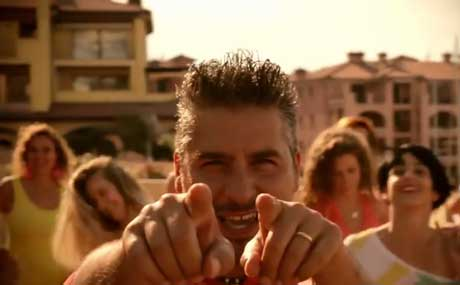 la-zumbada-videoclip-dennis