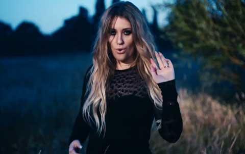 glow-videoclip-ella-henderson