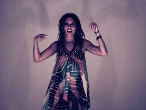loca-videoclip-deepzero