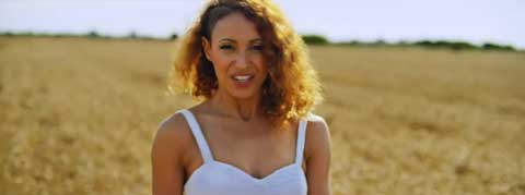 summertime-videoclip-amelle