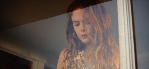 Stay-videoclip-Henry-Krinkle