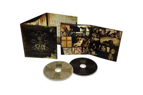 Memoirs-Of-A-Madman-dvd-box-content