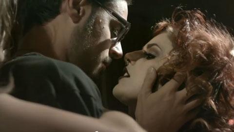 cardella-ora-videoclip-screen