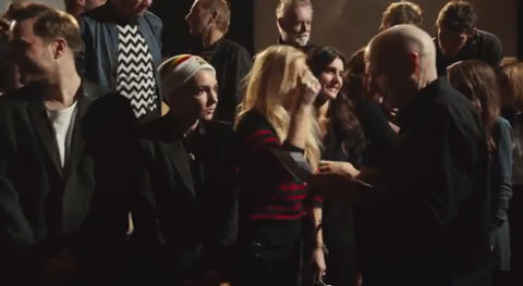 Do-They-Know-Its-Christmas-videoclip-band-aid-30