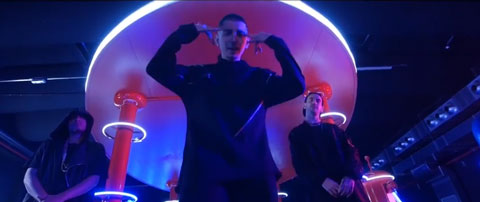 black-mirror-videoclip-gemitaiz
