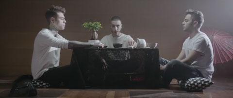 sayonara-video-ufficiale-madh-fedez-lorenzo