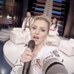 Alexandra Stan, Vanilla Chocolat: traduzione testo e selfie video ft. Connect-R