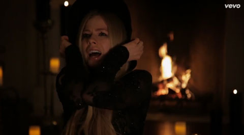 Give-You-What-You-Like-trailer-lavigne