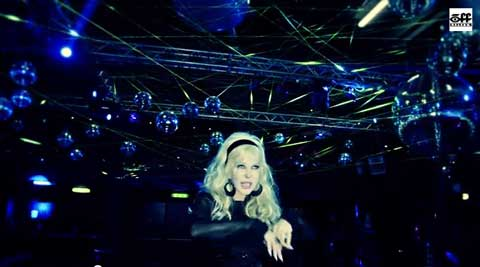 baby-don't-go-video-spagna