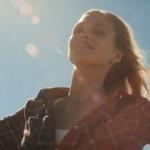 Anna Naklab, Supergirl: traduzione testo, video feat. Alle Farben & Younotus