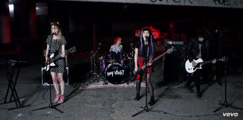 i-can-feel-it-video-hey-violet