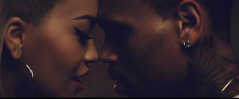 body-on-me-videoclip-rita-ora-chris-brown