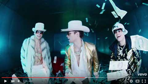 hey-everybody-videoclip-5sos
