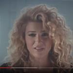 Tori Kelly – Hollow: traduzione testo + video ufficiale del nuovo singolo