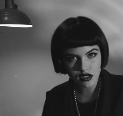 Devil-May-Cry-videoclip-madman-priestess