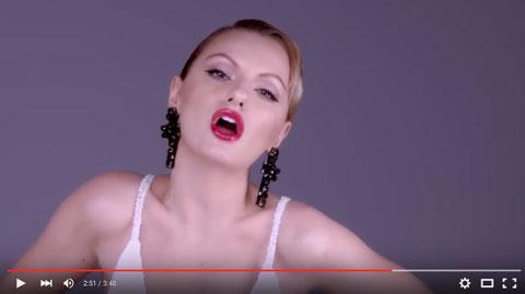i-did-it-mama-video-alexandra-stan