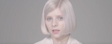 Half-The-World-Away-video-aurora