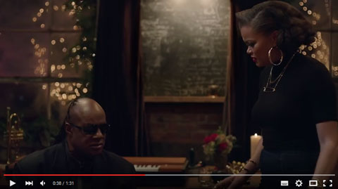 spot-Apple-Someday-At-Christmas-Stevie-Wonder-Andra-Day