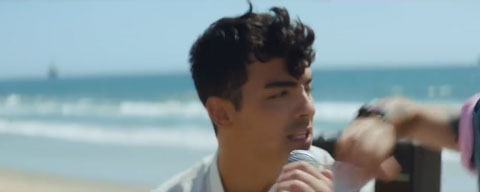 cake-by-the-ocean-video-dnce