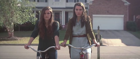 come-to-me-videoclip-lily-and-madeleine
