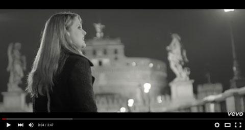 la-bora-di-una-donna-videoclip-noemi