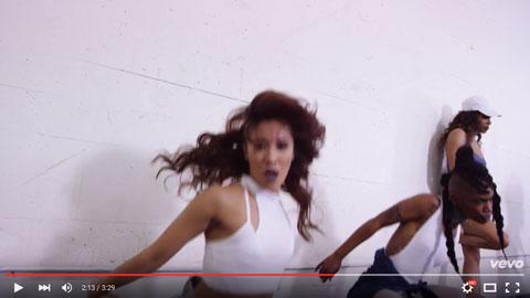 team-dance-video-iggy-azalea
