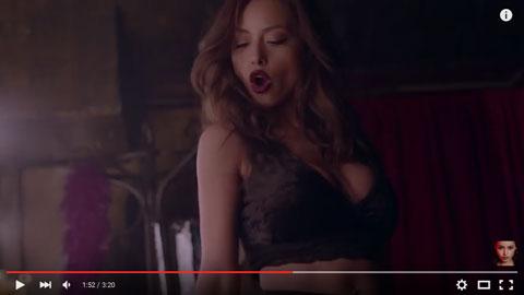 droppin-da-bomb-videoclip-larisse