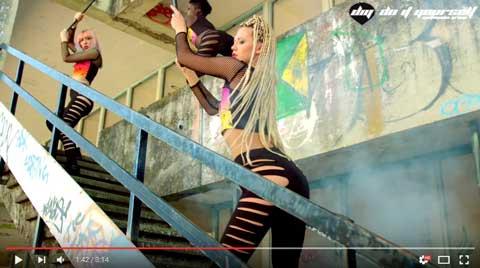 trumpets-sak-noel-videoclip