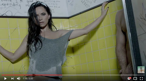 say-it-with-your-body-videoclip-inna