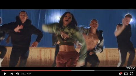 company-videoclip-tinashe