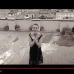 """Arisa: guarda il video del nuovo brano """"Ho Cambiato i Piani"""" per la colonna sonora del film """"Nove Lune e Mezza"""" (con testo)"""