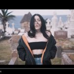 Noah Cyrus – Again ft. XXXTENTACION: video, testo e traduzione + remix