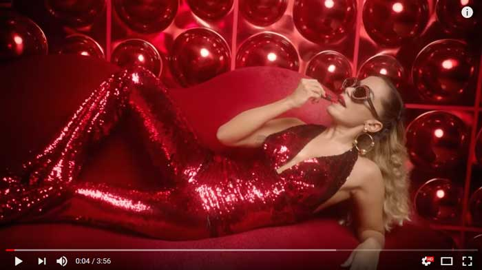 indecente-official-video-anitta