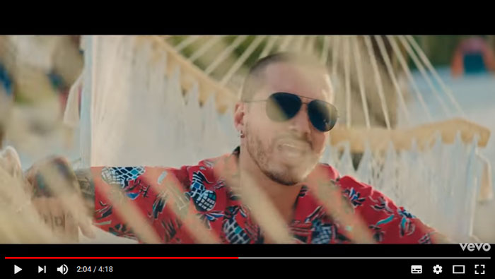 ambiente-official-video-balvin