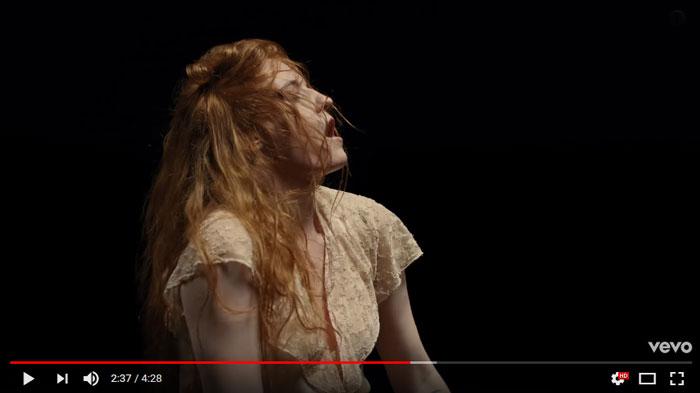 Big-God-videoclip-Florence
