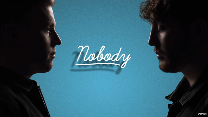 il lyric video di nobody