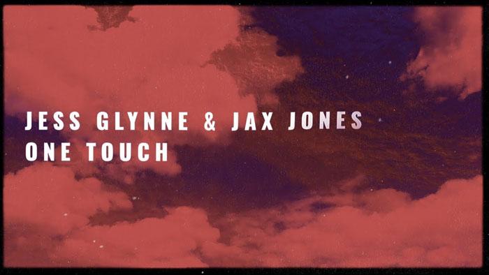 guarda il lyric video di one touch