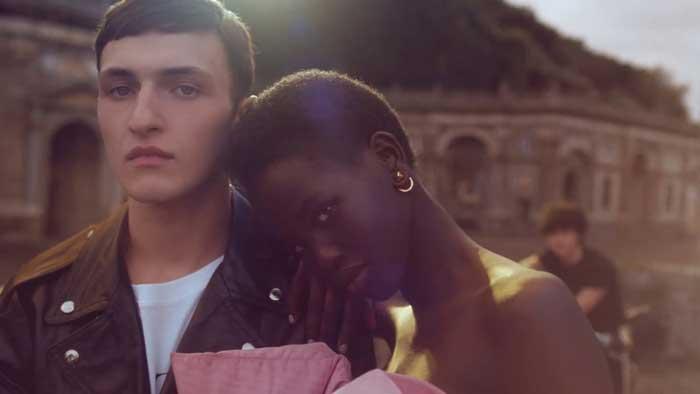 pubblicità profumo born in roma by valentino